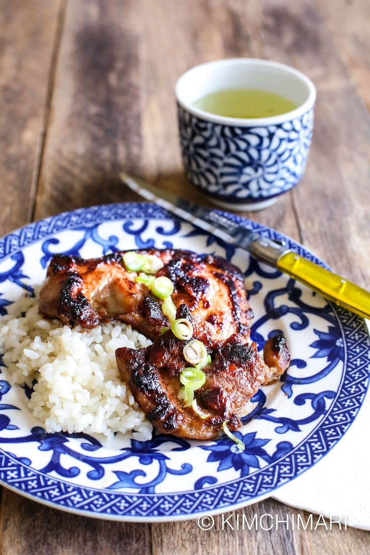 Great Korean Chicken Bulgogi recipe that is absolutely delicious. Best on the BBQ grill but can also be cooked in the pan.