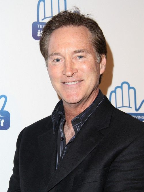 Days of Our Lives Spoilers: Theresa and Eve's Mom Arrive, Doug and Julie Back - Drake Hogestyn, Camilla Banus Return
