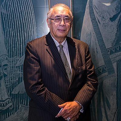 Contemporary Maori artist Darcy Nicholas, QSO (Te Atiawa, Ngati Ruanui, Tauranga Moana) has received the supreme award, Te Tohu Aroha mo Te ...