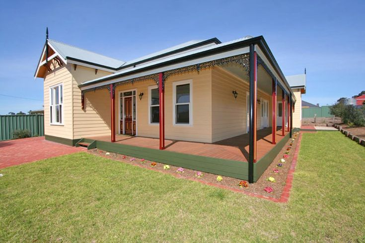 Traditional australian farmhouse house plans pinterest for Weatherboard house designs