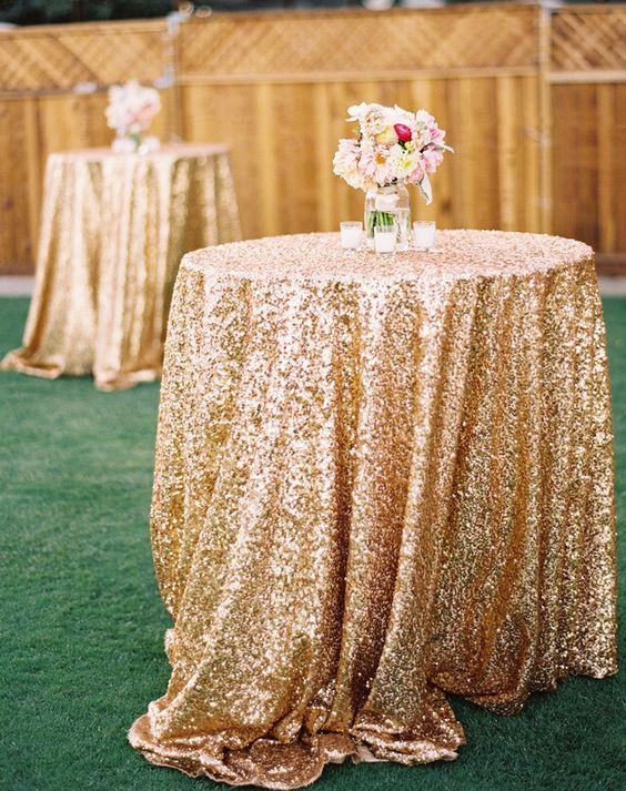 gold glitter wedding tablecloth ideas / http://www.deerpearlflowers.com/glitter-wedding-ideas-and-themes/2/