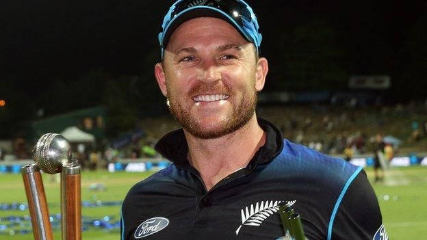 Brendon McCullum finishes ODI career with win over Australia - BBC Sport