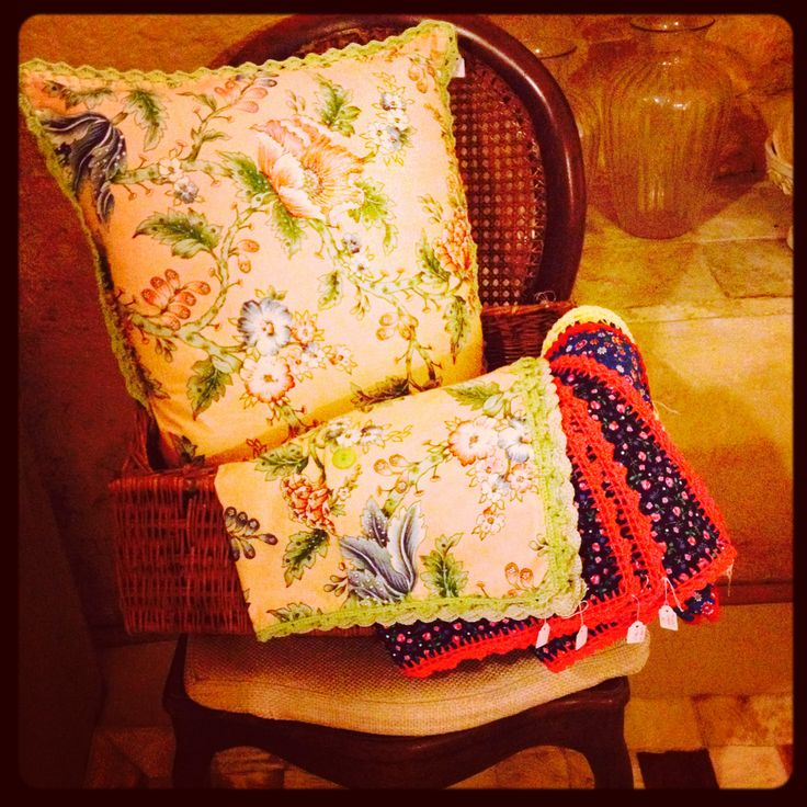 L'hotel in Pietra, Matera - Italy Style in Pietra #Boutique #Coushion #PillowCovers #Handmade #Crochet #Basilicata #Italy #RoteirosDeCharme #AssessoriaRoteirosDiferenciadosParaBrasileiros #BrasileiraNaItalia #CristinaBergamini #Scarfs #ResortWear #Resort