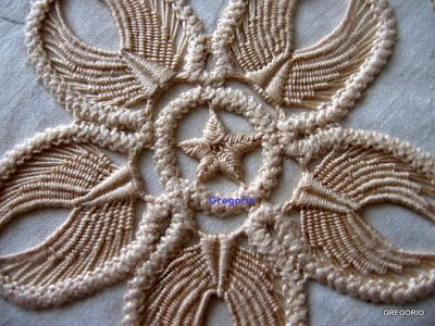 MACRAME' RUMENO - POINT LACE : Stellina a 5 punte (in progress 3)