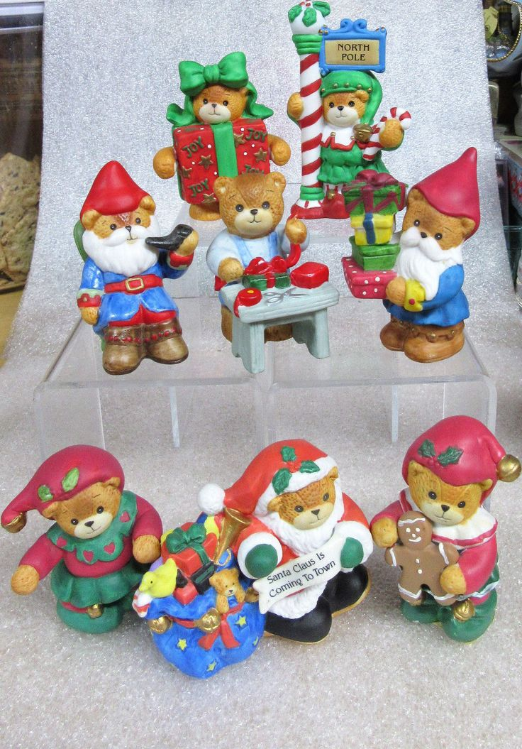 Lucy & Me ~christmas North Pole Santa Claus Elves ~ Teddy Bear Figurine Enesco