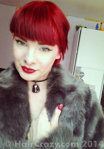 https://www.haircrazy.com/shop/hair-dye/directions/pillarbox-red/