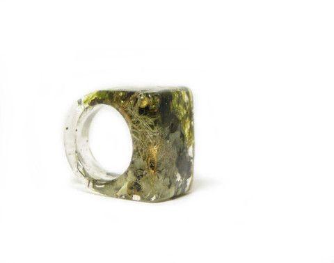 Rectangle Moss Resin Ring (Sizes 5-9)