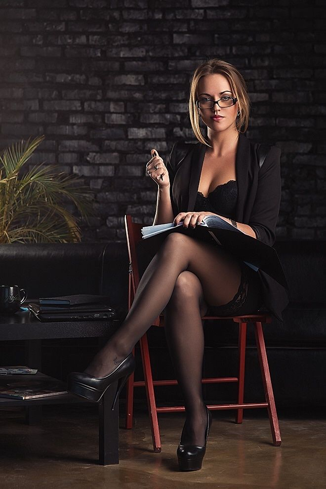 mersedes-katalog-biznes-ledi-seksi-seks-zreloy-mamkoy