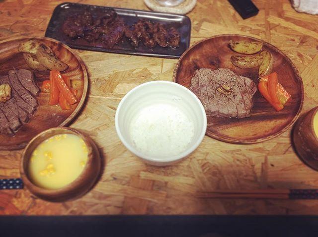 肉、肉、肉〜!!👨🍳 プチ贅沢♡ #熊本#天草#晩御飯#和牛#ステーキ#肉#コーンスープ#グラッセ#にんじんグラッセ#ポテト#おうちごはん#料理#旦那ごはん