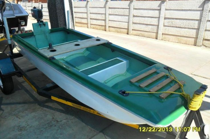 Junior Bass boat Registered and licenced 2010 trailer,2 HP Mariner engine, new boat cover, mint condition, Now available for R14 900,Contact : Andries du Plessis 0796939251NO SKIPPERS LICENCE REQUIRED.