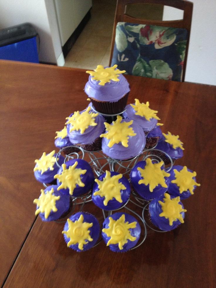 Tangled Cupcakes :)