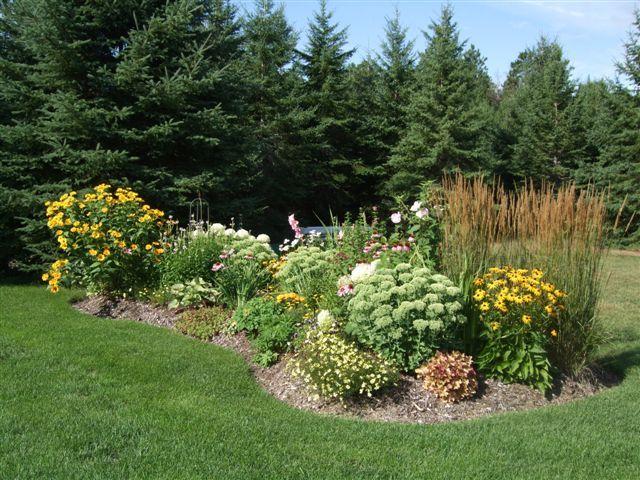18 best images about garden landscaping on pinterest for Flower bed shapes designs
