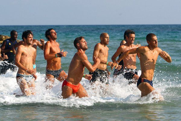Male Gaze: An Italian Soccer Team Running in Speedos - The Cut