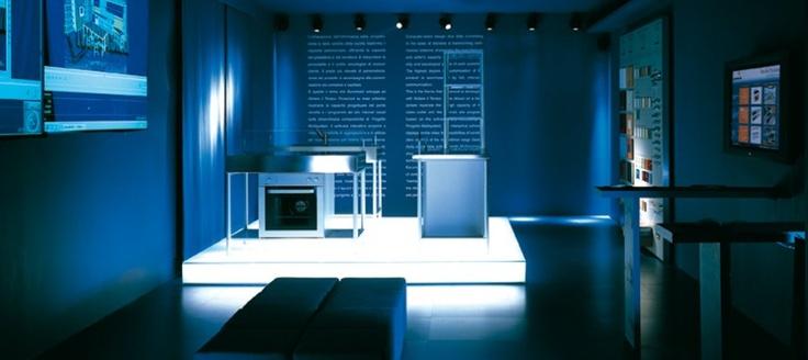 """R Euromobil & arch. Roberto Gobbo     In the Abitare il Tempo 2000 labs, Euromobil presents La Sala Telematica at the exhibition """"Cucina.come""""   (ConceptGiovanniCutulo)."""