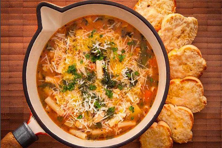 Recipe gordon ramsay s borlotti bean minestrone on country my fav 39 s food soup recipes - A tavola con gordon ramsay ...