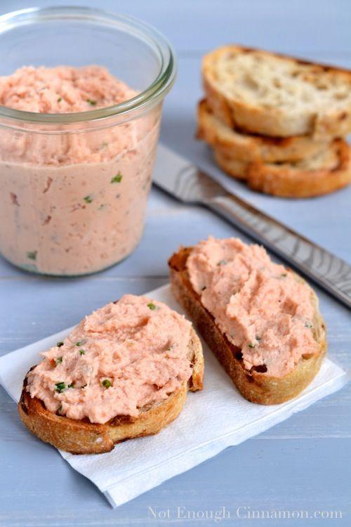 Skinny Salmon Rillettes (aka salmon spread) recipe - notenoughcinnamon.com