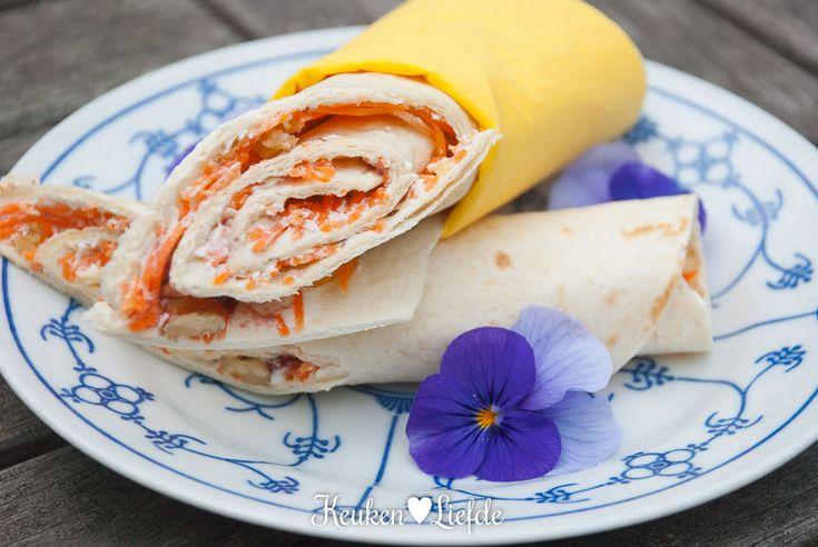 Speels & Smakelijk: lunchwrap met roomkaas en wortel - Keuken♥Liefde