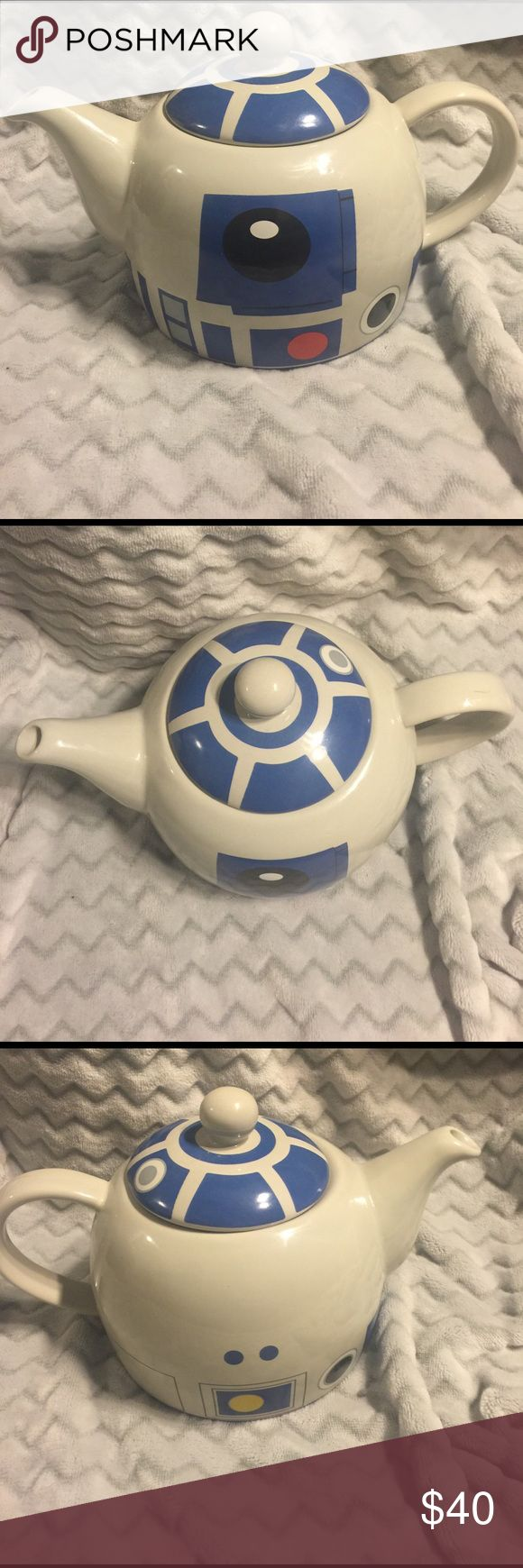R2-D2 teapot. Star Wars. R2-D2 teapot.  Display only.  Small mark on arm see picture. underground toys Other