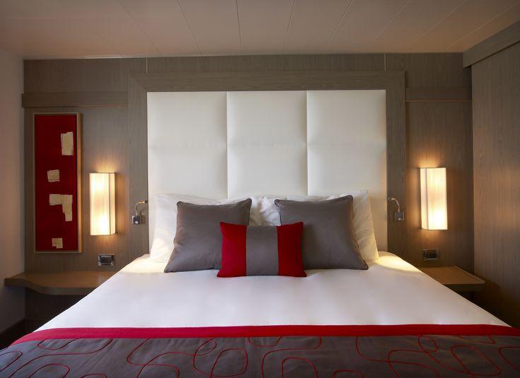 Heerlijke suites met kingsize bedden aan boord van Le Boréal van #Ponant. www.cruisewinkel.nl #cruisewinkel