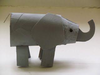Elephant à partir de rouleaux de papier toilette et de boîtes d'oeufs.