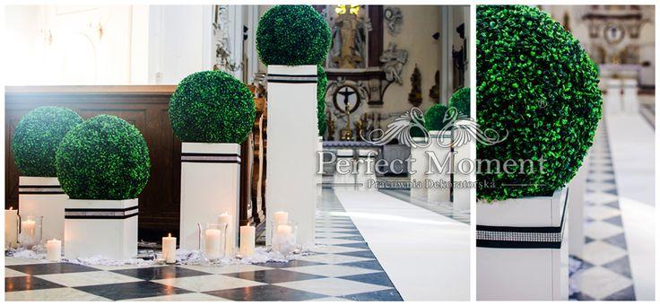 Projekt i wykonanie aranżacji:    ERFECT MOMENT Exclusive Deco (PERFECT MOMENT Pracownia Dekoratorska)      http://www.perfectmoment.com.pl/