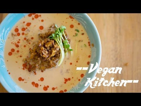 簡単に作れちゃうコクのあるビーガン担々麺!:How to make Dandan noodles | Vegan Kitchen with ayano hayasaki - YouTube