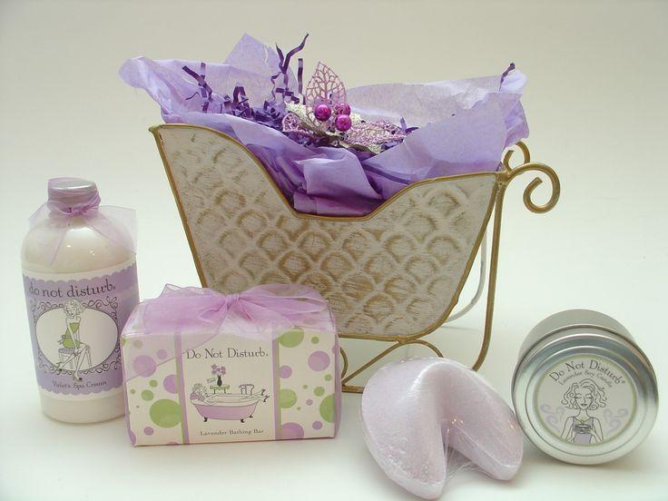 Thoughtful Presence - Christmas Spa Gift Basket, $64.95 (http://www.thoughtfulpresence.com/christmas-spa-gift-basket/)