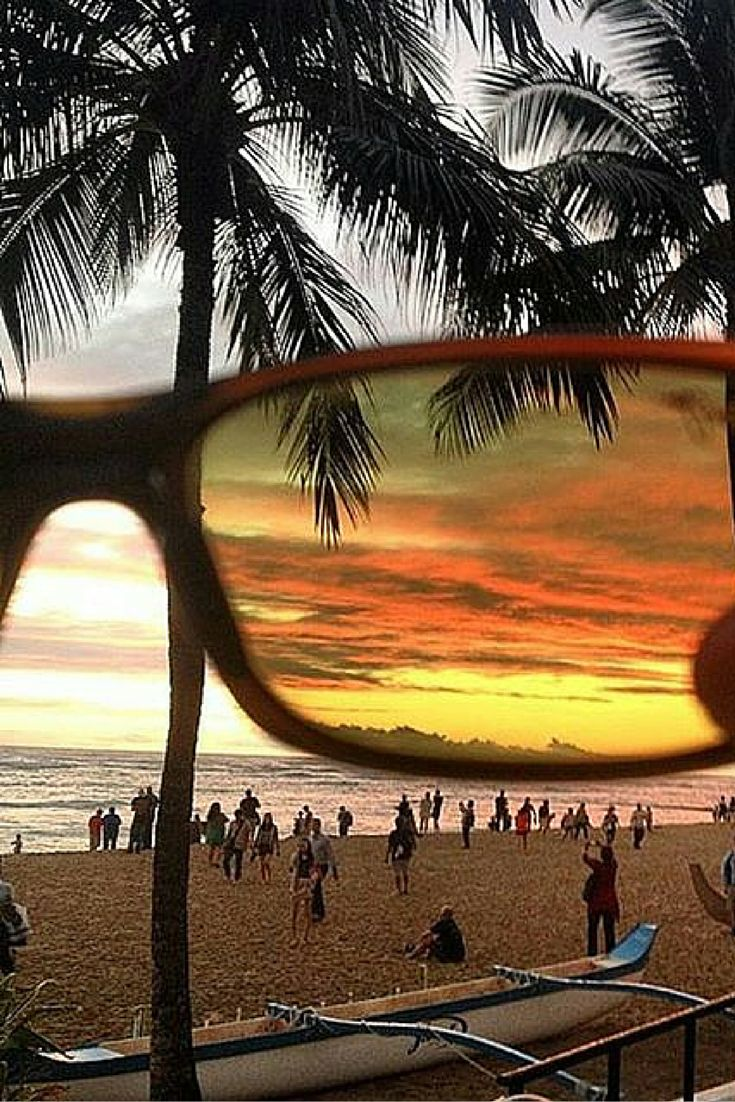 The ocean is more beautiful, through MauI Jim Legends Polarized H293-10 #Sunglasses. Pic: Maui Jim. http://www.smartbuyglasses.com/designer-sunglasses/Maui-Jim/Maui-Jim-Legends-Polarized-H293-10-267342.html