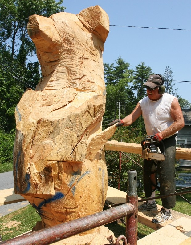 Bear blocking out chainsaw carving ideas pinterest