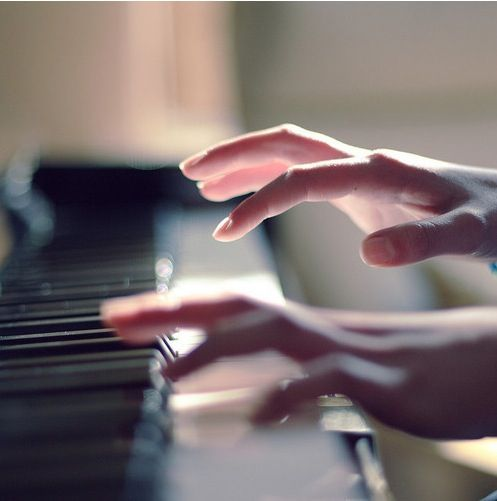 The reason piano keys are black and white is because they sound like a million colors in your mind.