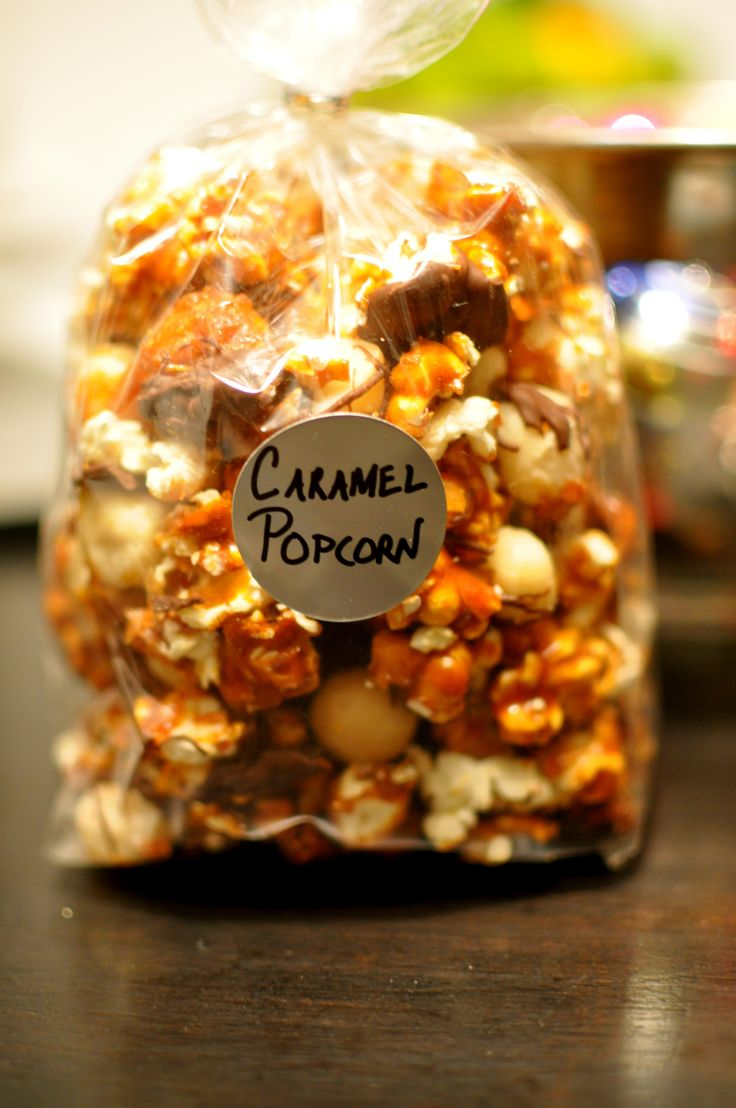 The Most Incredible Edible Gift: Chocolate Caramel Popcorn With Macadamia Nuts   PopSugar