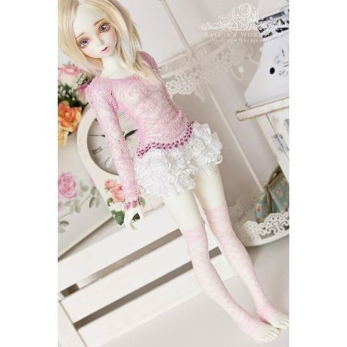 "kalcia-workshop:  ""Baby pink lace shirt for #mnf in various settings and on different #minifee dolls :). It will be available tonight, along with minty peplum top and some opentoe overknee lace socks ^∆^ #abjd #bjd #bjdclothing #bjdclothes..."