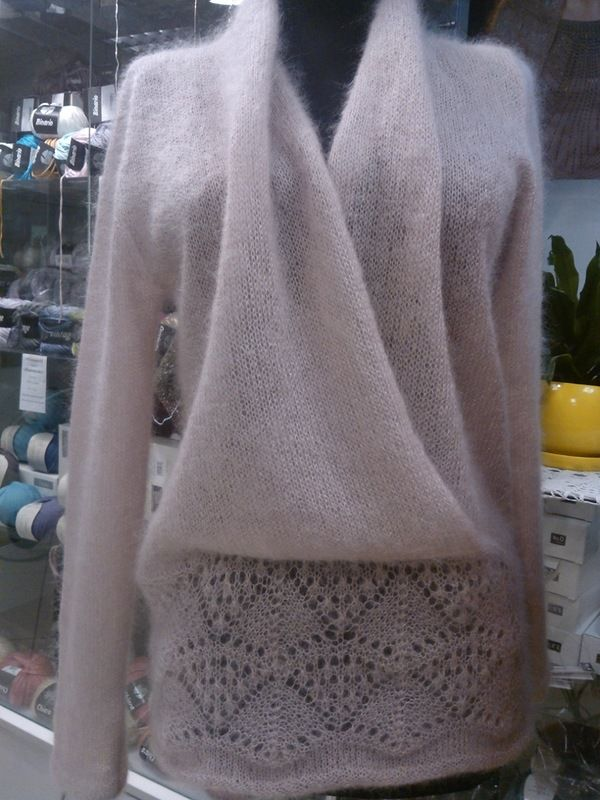 beautiful sweater magnificent if knitted in some cashmere