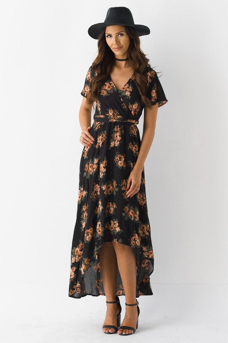 Transition into this spring effortlessly with the Art Of Spring Maxi Dress! Featuring a beautiful floral print on a black bodice, a v-neckline, front ties and an amazing flowing bottom. - Lined. - Sel