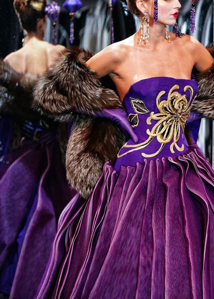 a luxurious purple ballgown for an orlesian party, Dior
