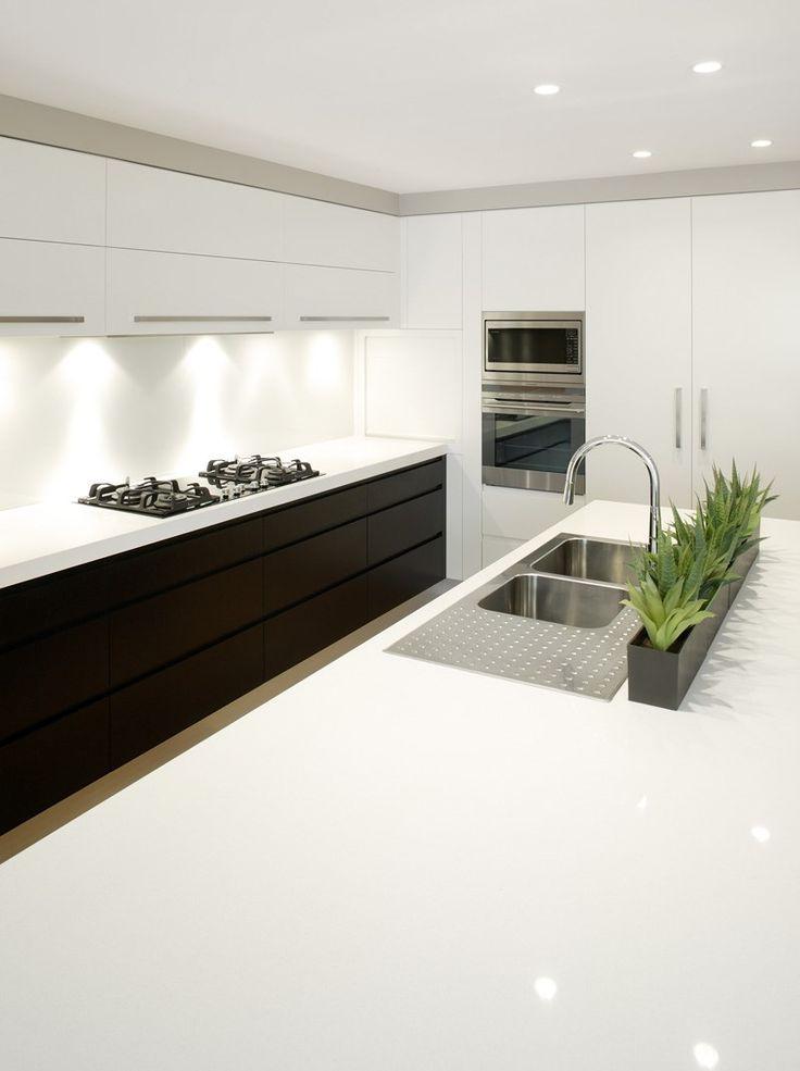 Luna White > Quantum Quartz > Quantum Quartz, Natural Stone Australia, Kitchen Benchtops, Quartz Surfaces, Tiles, Granite, Marble, Bathroom, Design Renovation Ideas. WK Marble & Granite Pty Ltd Australia.