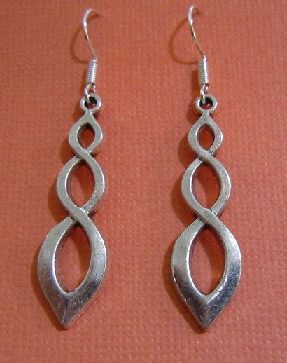 Beautiful Antique Silver Flame Earrings by EarthyEcoStyle on Etsy, $12.00