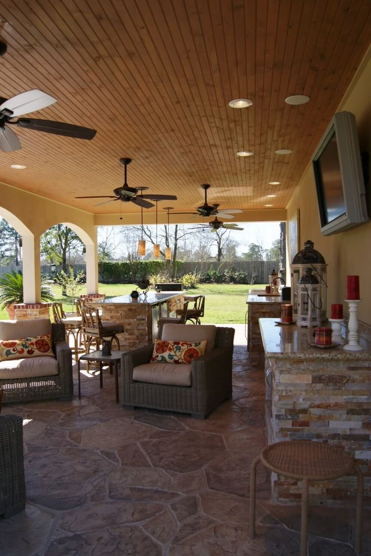 North Houston Pool Cabana With Stamped Concrete And Pine