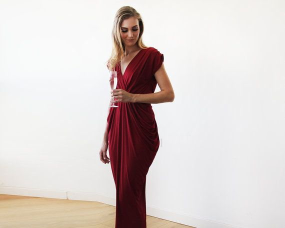 Wine red maxi formal dress  Maxi Bordeaux open by BLUSHFASHION