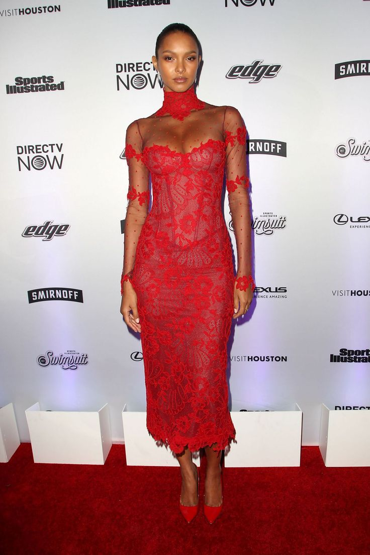 Lais Ribeiro attends Sports Ilustrated Swimsuits 2017 New York Launch Event.