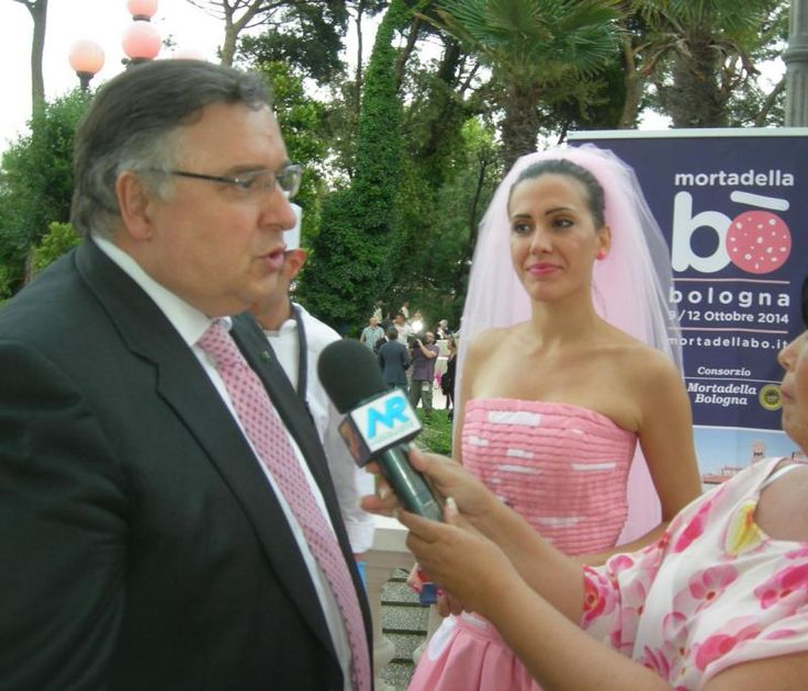 Andrea Babbi, direttore generale ENIT, Ente Nazionale del Turismo, alla Notte Rosa http://www.informacibo.it/Grandi-Eventi/Expo-2015/la-notte-rosa-verso-lexpo-2015-una-festa-con-due-milioni-di-persone-e-un-giro-daffari-da-200-milioni-di-euro-il-gelato-nel-piatto-by-informacibo