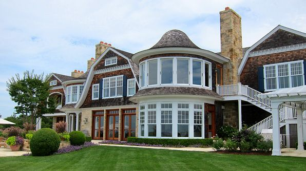 Welcome to the hamptons ny this 6 bedroom 8 bathroom for Dream home ny