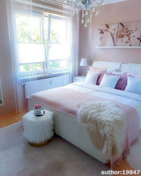 Therefore, when choosing your bedroom furniture, you should first consider the square meter yield of your bedroom, the columns and then the style and style of the product you choose. For example, if your bedroom is small, a full suite of arguments may not be functional and functional for your home room.#bedroom #cozy bedroom