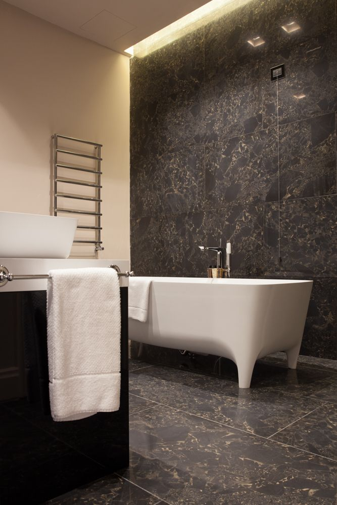 Here our Accademia #bathtub in Townhouse Duomo Seven Stars, the luxury hotel with a view on Piazza Duomo Milan #design #bathroom