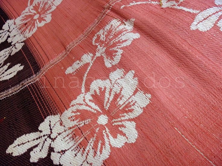 tapete /alfombra hecha a mano. bandung indonesia handmade rug. bandung indonesia