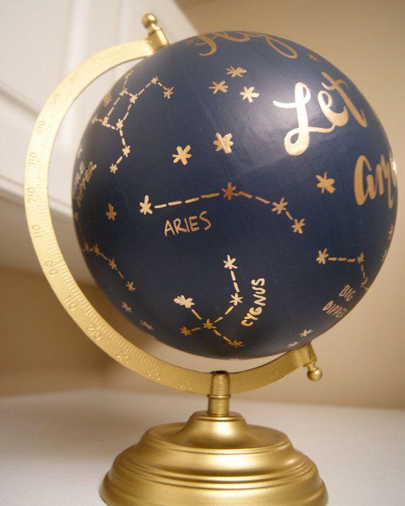 Peint à la main personnalisé Constellation par PrettyLittleDoodads