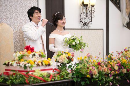 今年最初にご紹介させていただくのは、 夏に装花とブーケをお届けした、代官山鳳鳴館の花嫁様と花婿様。  どんなふうに一会を探して装花を頼んでくださ...