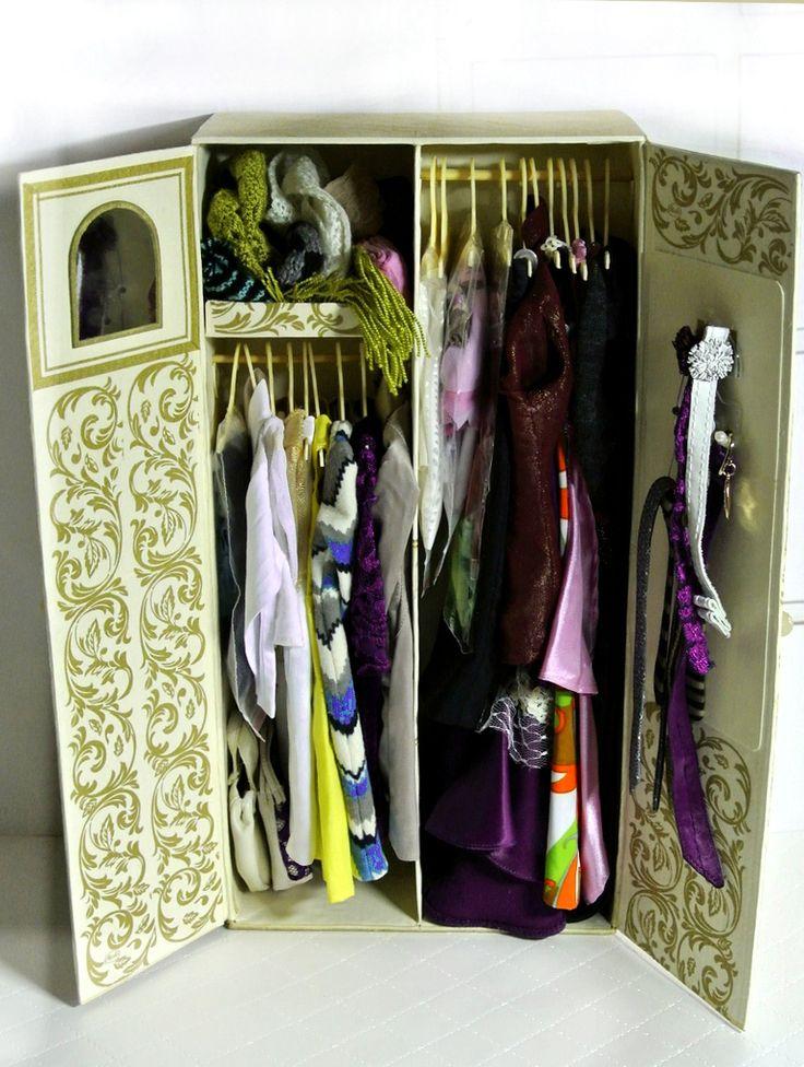 Шкаф для кукольной одежды / Домики для кукол, мебель своими руками. Коляски, кроватки и другое / Бэйбики. Куклы фото. Одежда для кукол