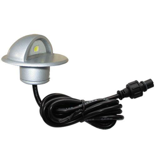 LED utomhusbelysning för altan och trapporsom ger ett stort lyft till er utomhusmiljö. Spotarna säljs antingen styckevis eller som 6-pack. Varmvitt ljus med en spridning som inte bländar. Välj belysning som sänks in i till exempel altanen eller halvmåneformade lampor till trappan, stolpen elle