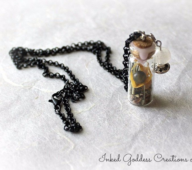 Divination Witch Bottle Amulet Necklace for Psychic Powers